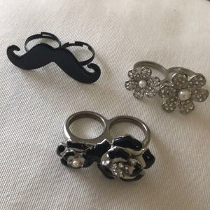 Jewelry - Two fingered rings